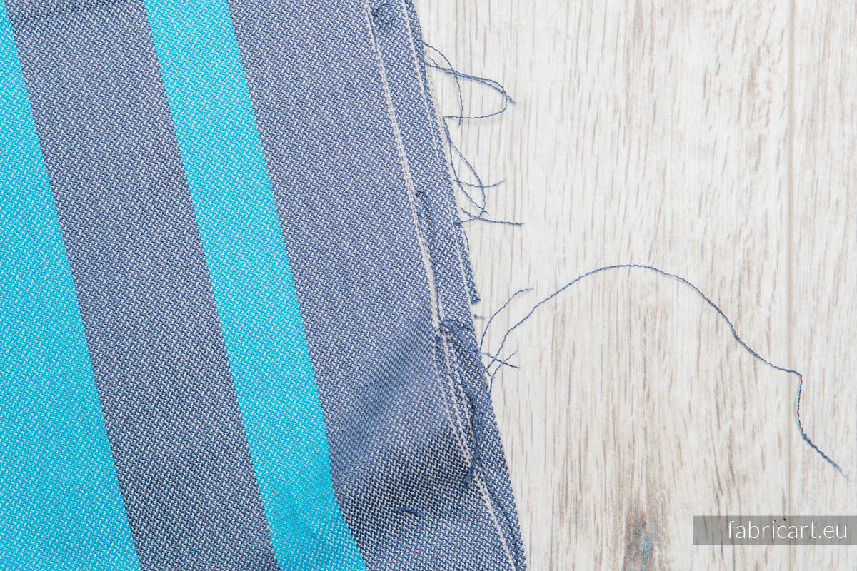MISTY MORNING, fabric scrap, broken twill weave, size 100cm x 140cm #babywearing